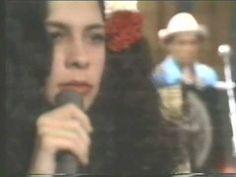 """Gal Costa - (Show Índia 1973) - """"Índia"""""""