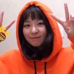 Seulgi of Red Velvet icon. Kpop Girl Groups, Korean Girl Groups, Kpop Girls, Kang Seulgi, Red Velvet Seulgi, My Little Baby, Peek A Boos, Ulzzang Girl, Korean Singer