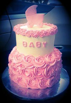 Pink and white rose babyshower cake