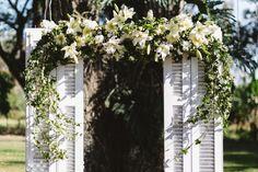 Thabata and Tiago | So much detail in this Brazilian Wedding | This flower crown, though | Casamento cheio de detalhes na Fazenda Vassoural | Itu-SP| Frankie and Marília | Fotografia de Casamento