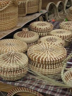 Sweetgrass baskets are a Gullah tradition. Gullah culture has a rich history on Hilton Head Island, SC. Gullah heritage van tours of the island are available. Pine Needle Crafts, Pine Needle Baskets, Charleston South Carolina, Low Country, Hilton Head Island, Pine Needles, Southern Charm, Basket Weaving, Wicker