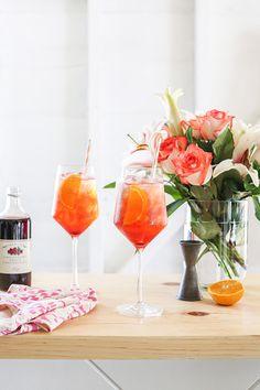 Lingonberry Aperol Spritz #sprtiz #aperolcocktail #lingonberry #cocktails #summer