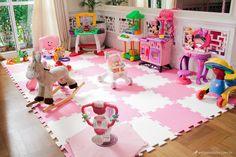 tapete de tatame com brinquedos alugados para festa da guaciara brinquedos.