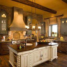 I love the design interior kitchen design Classic Kitchen, New Kitchen, Kitchen Dining, Kitchen Decor, Warm Kitchen, Rustic Kitchen, Country Kitchen, Kitchen Island, Awesome Kitchen