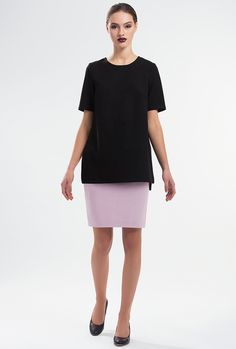 UNWIND BLOUSE by PULSE Cut from a soft, wool-blend, this black top has a loose fit with short sleeves and high side splits. Slips on. Material: Wool blend felt 60% Wool 40% Polyester Colour: Black Size: EU 34 - US 2 to EU 44 - US 12 Care: Dry clean.
