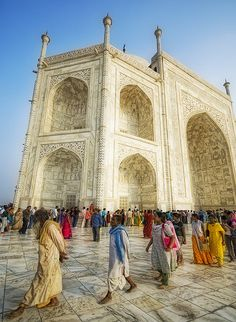 Top 10 things to do while visiting India