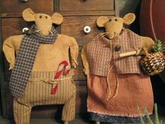 Mr. and Mrs. Christmas Meadow Field Mice, now on sale at Green Creek Primitives blog