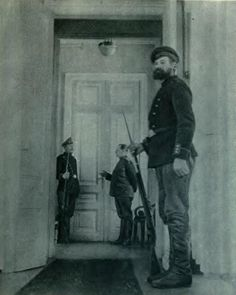House raids in apartments of all cabinet members. No arrests, all ministers absent. Russian Revolution, Social Change, Communism, Soviet Union, Revolutionaries, Wwi, First World, Civilization, World War