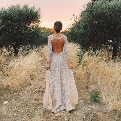 Ideas para el día de tu boda inspiradas en vestidos lucidos por instagrammers. Inspiración de vestidos de novia...