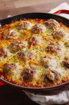 Chicken Parm Meatball Skillet Sub out the bread crumbs for something else for low carb. All the flavors you love in chicken Parm in a super-delicious, juicy meatball. Meatball Recipes, Turkey Recipes, Beef Recipes, Gourmet Recipes, Cooking Recipes, Healthy Recipes, Cooking Tv, Entree Recipes, Seafood