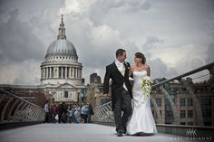 St Paul's Cathedral, London. #weddingvenues #stpaulscathedral #weddingreception #londonwedding #weddingreception #londonweddingvenues #weddingvenueslondon #weddingphotography