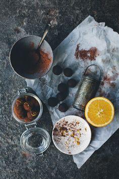 orange and ginger chocolate truffles :: green kitchen stories Healthy Dessert Recipes, Raw Food Recipes, Sweet Recipes, Delicious Desserts, Yummy Food, Ginger Chocolate, Chocolate Truffles, Chocolate Desserts, Vegan Truffles