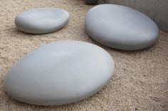 rock cement seating http://www.concreteworks.com/product/soma-stones/#