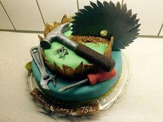 Carpenter cake