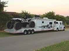 Australian 4x4 with house truck