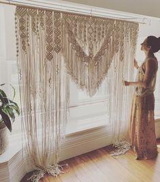 Makramee-Hochzeitslaube – Maßanfertigung x - DIY Event Macrame Wall Hanging Patterns, Macrame Art, Macrame Design, Macrame Projects, Macrame Patterns, Macrame Knots, Macrame Mirror, Woven Wall Hanging, Diy Crafts To Do