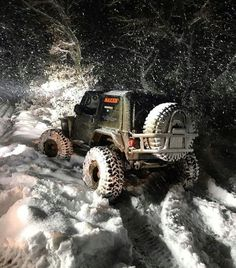 Snow Jeep...did this for the picture and not so much the link...