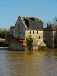 Moulin sur le Cher ~ Savonnières, Indre et Loire.