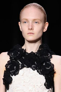 Giambattista Valli Fall 2014 Ready-to-Wear - Collection - Gallery - Look 1 - Style.com