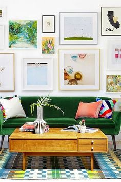How to hang the perfect gallery wall. Gallery wall layouts are so beautiful but are so intimidating for the amateur interior designer. Here are our tips fro the perfect art photography wall. Interior Design For Living Room Apartment Interior Design, Decor Interior Design, Modern Interior, Interior Decorating, Room Interior, Apartment Ideas, Furniture Design, Colorful Interior Design, Interior Painting