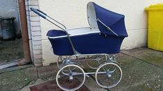 Baby Prams, Beautiful Babies, Kids And Parenting, Baby Strollers, Retro, Children, Kids Wagon, Toddlers, Boys
