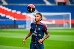 Banh 88 Trang Tổng Hợp Nhận Định & Soi Kèo Nhà Cái - Banh88.info(www.banh88.info)- Trang tổng hợp Điểm Tin Bóng Đá đầy đủ hàng đầu VN Với những ngôi sao tài năng như Neymar việc bỏ một số tiền khổng lồ để sở hữu anh được cho là phù hợp. Jose Mourinho Antonio Conte Jurgen Klopp đều cho rằng 222 triệu euro để có Neymar là con số xứng đáng.  Nhưng với nhiều trường hợp khác cầu thủ bị độn giá lên rất nhiều. Một cầu thủ trước đó giá chỉ 10 triệu bảng nay đã tăng lên 30 triệu bảng tương tự với cầu…
