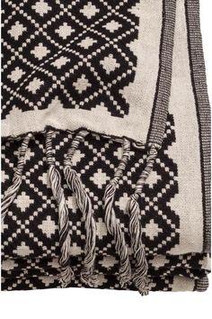 Plaid tissé jacquard: Plaid en coton mélangé tissé jacquard. Franges sur les largeurs.
