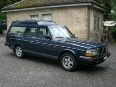 245 Express Volvo Wagon, Volvo Cars, Volvo Estate, Volvo 240, Motorcycle Manufacturers, Shooting Brake, Koenigsegg, Station Wagon, Ford