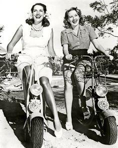 1940's Girls. ♥