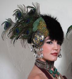 Peacock headdress430 x 473 | 50.6KB | www.bhuz.com