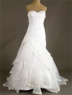 Strapless Sweetheart Appliqued Ruffled Zipper Organza Wedding Dress WD1277 www.tidedresses.co.uk $268.0000