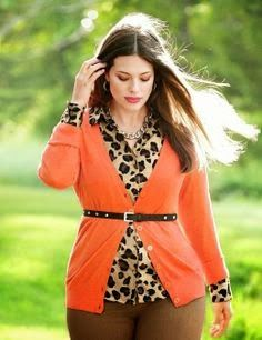 The key for a curvy woman is to look good is to study their body to find best features of their body .So we bring you the Curvy Girl Fashion. Any of these features can make plus size woman look good. Trendy Plus Size Clothing, Plus Size Fashion For Women, Plus Size Women, Xl Mode, Mode Plus, Mode Outfits, Fall Outfits, Fashion Outfits, Womens Fashion