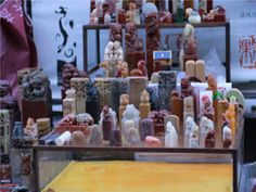china souvenirs Shopping in China Things to Buy and How to Buy Them China Shopping, China Travel, China Trip, Last Minute Travel, Shenzhen, Guangzhou, Antique Stores, Culture Travel, Beijing
