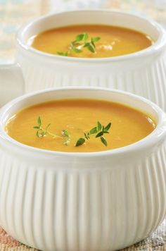 "offers the recipe ""Carrot Soup with Companion"" rated by 24 … – compa… propose la recette ""Soupe … Recipes Using Ground Beef, Beef Recipes For Dinner, Chicken Soup Recipes, Healthy Soup Recipes, Healthy Rice, Easy Recipes, Easy Dinner Ground Beef, Prep & Cook, White Rice Recipes"