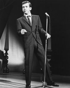 Bobby Darin in a great suit #BobbyDarin