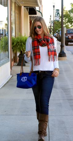 Monogrammed plaid scarf and royal blue monogrammed handbag from Initial Outfitters. NEED for fall! www.initialoutfitters.net/betsyburr