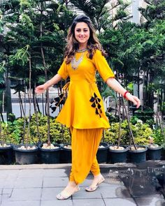 Bollywood Reyon pakistani indian designer Yellow dress for wedding and party Indian Gowns, Indian Attire, Indian Outfits, Indian Wear, New Indian Dresses, Eid Outfits, Trendy Outfits, Frock Fashion, Fashion Dresses