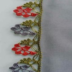 125 Grain Crochet Laces Writing Edges The best laces that are all beautiful . Crochet Borders, Crochet Stitches Patterns, Crochet Flowers, Crochet Lace, Crochet Elephant, Bobbin Lace, Needle Lace, Knitted Shawls, Hand Embroidery