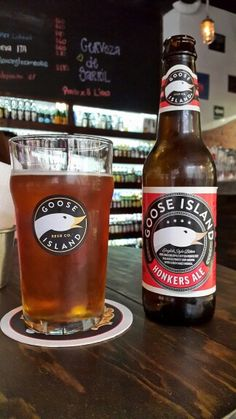 Honkers Ale, una Standard bitter de de la cerveceria Goosen Island de EEUU.