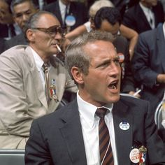 Paul Newman and Arthur Miller at the Democratic National Convention in Chicago, 1968. 🇺🇸 #TBT