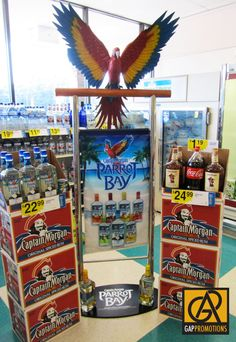 Parrot Bay 3D Parrot and Banner Display