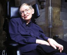 Stephen Hawking, a well known man who fought against all odds and emerged as a winner. Checkout some little known & interesting facts about Stephen Hawking that will amaze you! Carl Sagan, Stephen Hawking Frases, Oscar Winning Movies, Quiet People, Richard Branson, Physicist, Humor, Big Bang Theory, Wisdom Quotes
