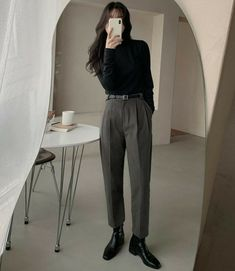 Teen Fashion Outfits, Mode Outfits, Retro Outfits, Cute Casual Outfits, Vintage Outfits, Mode Ulzzang, Mode Ootd, Mode Kpop, Winter Mode