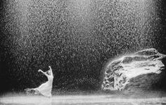 Most. Amazing. Use of water Ever. Seen. (PINA, by Wim Wenders... originally a dance performance)