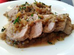 Solomillo de cerdo con manzanas y cebollas moradas – Filetto di maiale con mele e cipolle rosse
