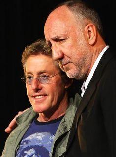"""Pete townshend & Roger daltrey この深刻そうなピートとと""""ピートと一緒で嬉しいな""""しか考えてなさそうなロジャーの対比がWHOではないでしょうか!!!!"""