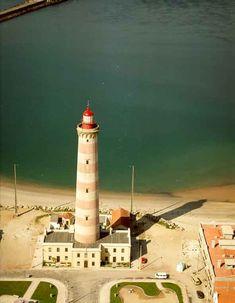 Farol do Bugio Portugal, Lighthouses, Towers, Beaches, Cities, Sea, Ships, City, Viajes