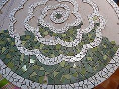 Picture result for crackle mosaic instruction Source by toelkesiegel Mosaic Birdbath, Mosaic Pots, Mosaic Diy, Mosaic Garden, Mosaic Crafts, Mosaic Projects, Mosaic Glass, Mosaic Tiles, Mosaics