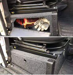 Land Rover Defender Interior, Defender Camper, Land Rover Car, New Defender, Land Rover Defender 110, Land Rovers, Best 4x4, Truck Storage, Tonka Toys