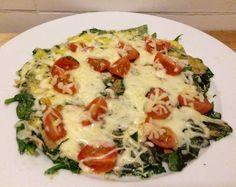 Dit omelet is enorm voedzaam en makkelijk om te maken. Het omelet dat ik heb gemaakt is vegatarisch. Maar voeg bijvoorbeeld ook eens chorizo, zalm of spekjes toe. Ingrediënten: 3 eieren 1 theelepel…